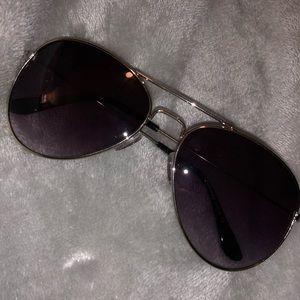 Accessories - Purple tinted sunglasses
